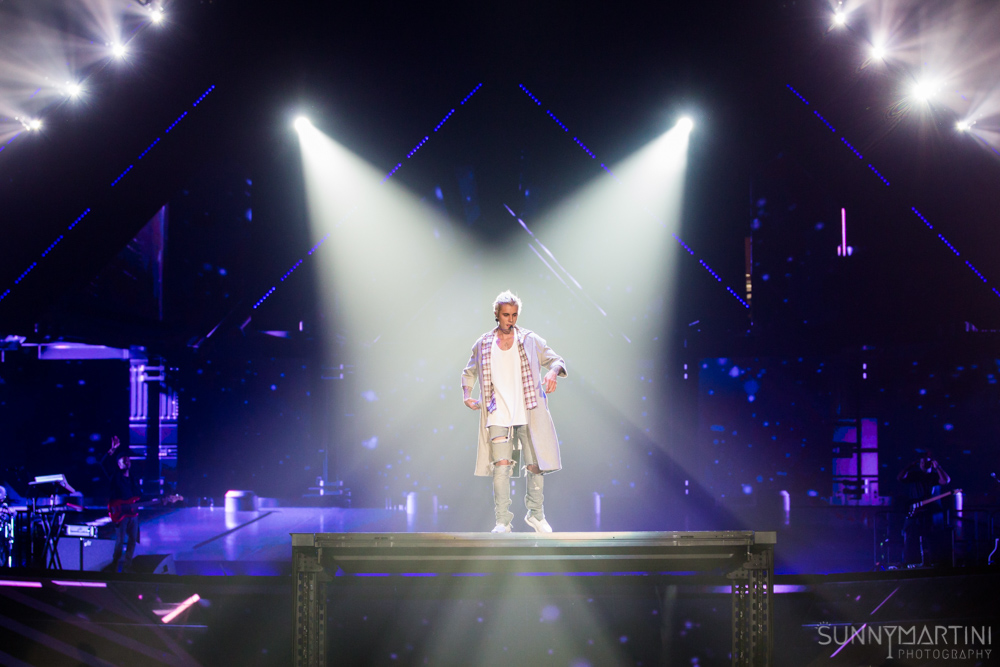 Justin Bieber Makes It Rain: The Purpose Tour