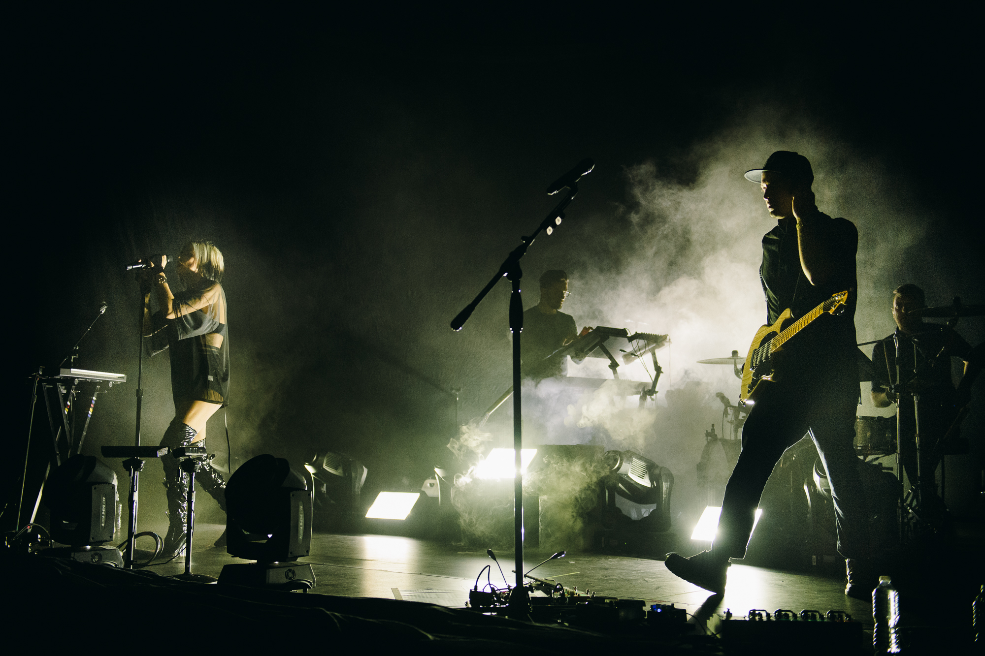 phantogram-seattle-concert-paramount-theatre-12