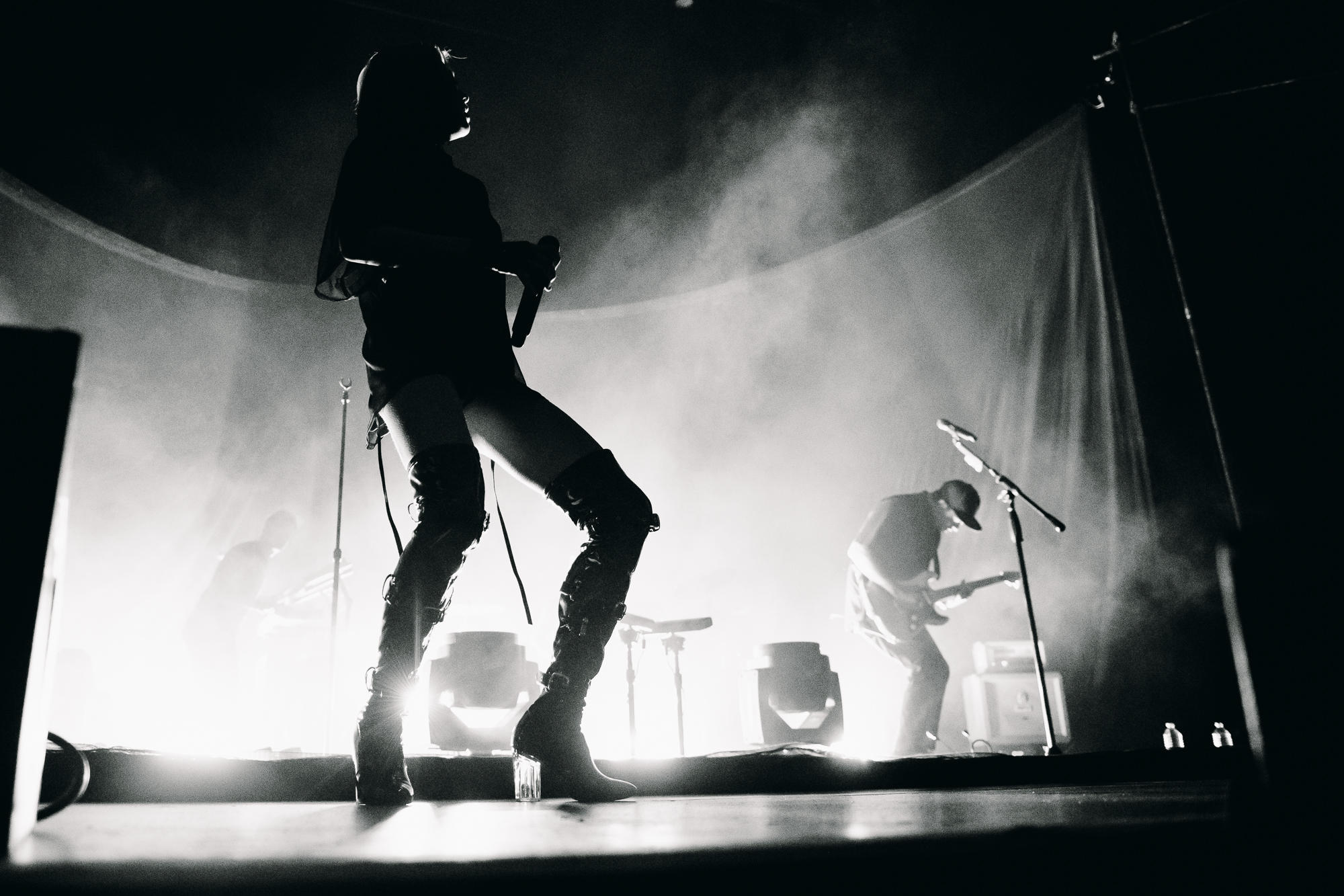 phantogram-seattle-concert-paramount-theatre-14