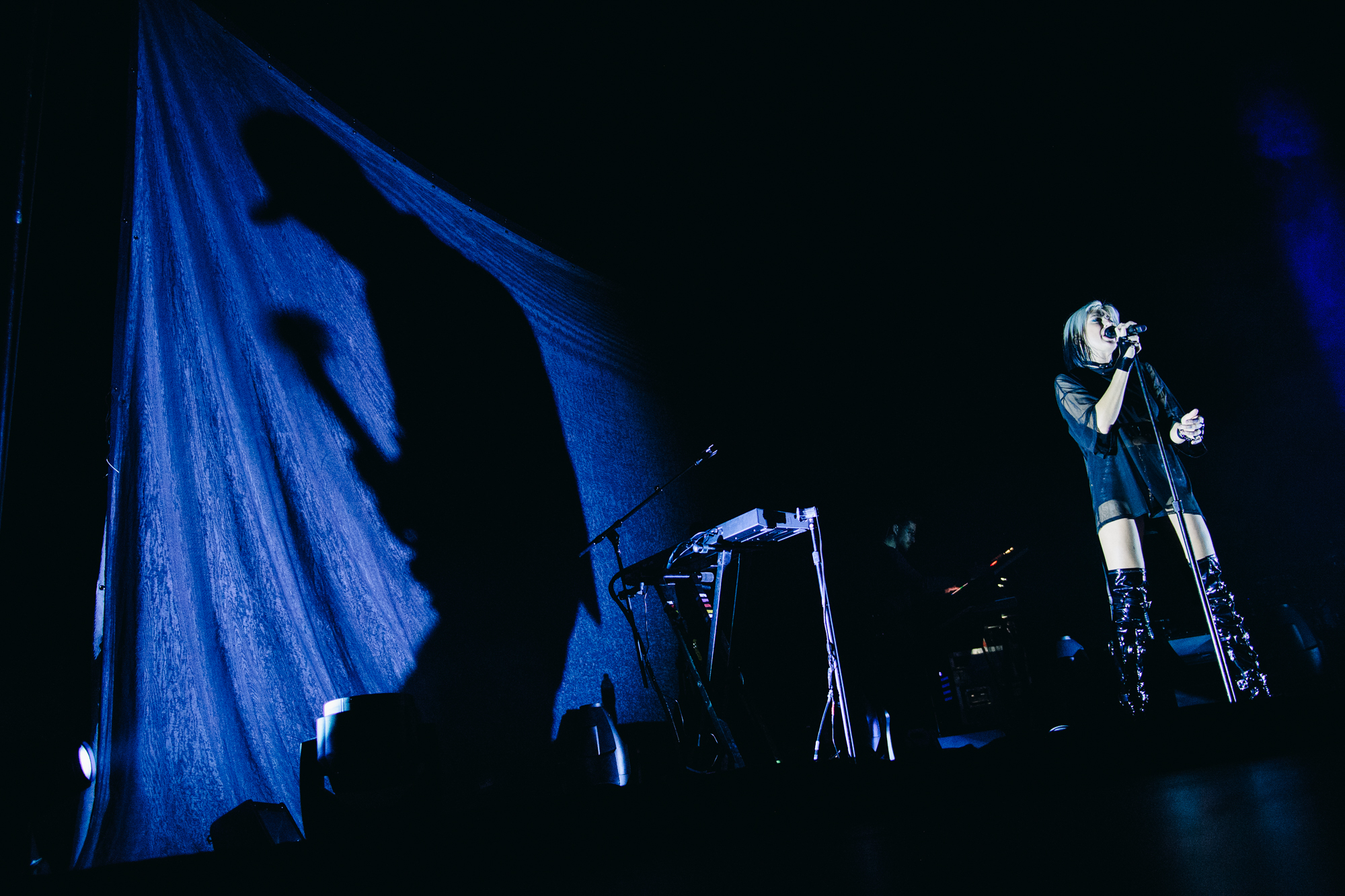 phantogram-seattle-concert-paramount-theatre-9
